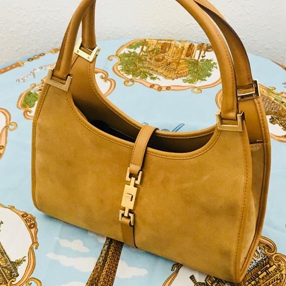 efe4bd538a79 Gucci Handbags - Gucci Jackie O Tote Mustard Suede w/ Leather Trim